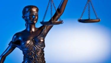 מירוץ הסמכויות – האם באמת מדובר בעניין עקרוני?